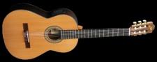 Admira Virtuoso E - klasická gitara so snímačom